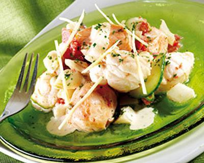 Guiso de pescado tomate e hinojos