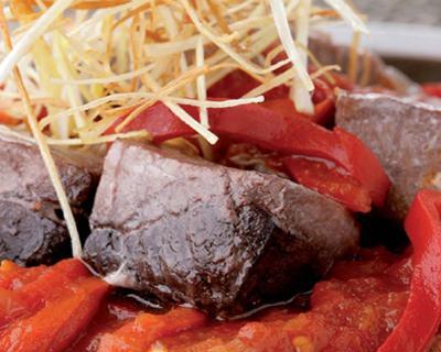 atún-con-tomate-y-piquillos